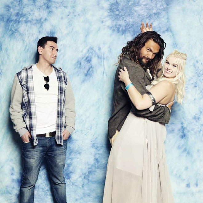 Jason Momoa stealing his wife.