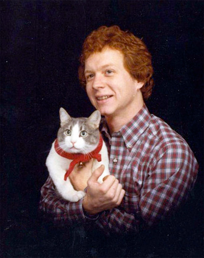 Glorious photo with a cat.
