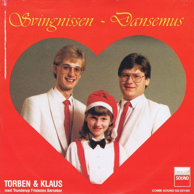 Lovely vintage Christmas album cover art.