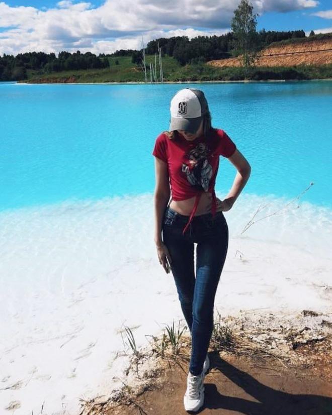 Selfie near a toxic lake.