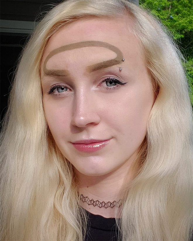 Why have two ordinary eyebrows when one weird eyebrow is enough? Right? Right? Wrong.